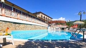hotel-san-matteo-piscina